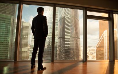 """""""Koniec pracy biurowej"""". 40 godzin pracy tygodniowo to już w zasadzie historia"""