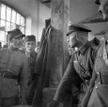 Przesłuchanie polskiego żołnierza w 1939 r.