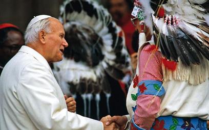 W 1986 r. Jan Paweł II zwołał do Asyżu przywódców wielu światowych religii, by wspólnie acz nie raze