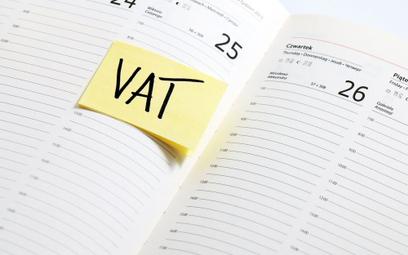 Zwrot VAT to kłopot dla firm, ale fiskus problemu nie widzi