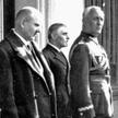 Gen. Orlicz-Dreszer (pierwszy z prawej) widział pokłady nędzy, zwłaszcza na wsi. Uważał, że ludzie n