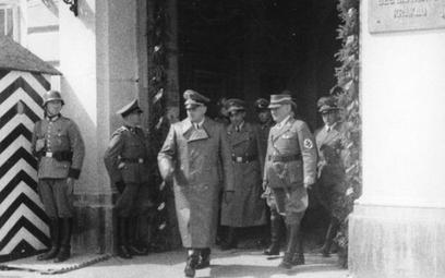 Sondaż: Czy domagać się reparacji od Niemiec