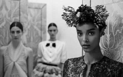 Rodzinny portret: kolekcja Chanel i zdjęcia Antona Corbijna