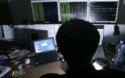 Cyberprzestępcy w wakacje nie próżnują
