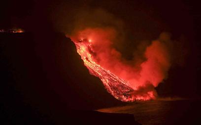 Wybuch wulkanu na La Palmie: Lawa dotarła do wód oceanu