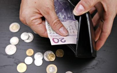 Najtaniej stałe płatności za energię elektryczną czy czynsz opłacimy z rachunku bankowego przez Inte