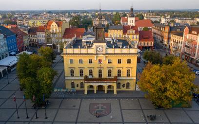 Władze Ostrowa Wielkopolskiego planują m.in. zakup elektrycznych autobusów, budowę nowych mieszkań i