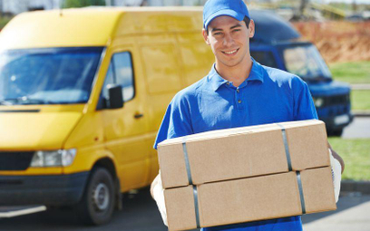 Umowy konsumenckie na przesyłki kurierskie a odszkodowanie