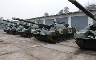 LBTZ przekazały Siłom Zbrojny Ukrainy kolejnych pięć zmodernizowanych czołgów, w tym wozy T-72AMT. F