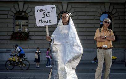 Pandemię spowodowały sieci 5G? Wielu w to wierzy