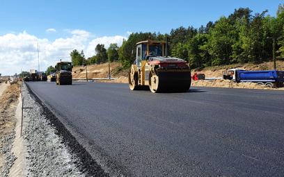 Budowa szybkich dróg mocno przyspieszy