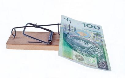 Pożyczyła 6 tys. zł, ma oddać prawie 14 tys. zł. Rzecznik wspiera klientkę