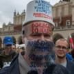 Październikowy protest tzw. antymaseczkowców w Krakowie