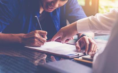 Porozumienie o rozwiązaniu umowy o pracę podpisane pod presją można podważyć