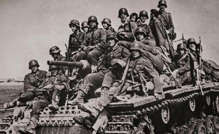 Jakim cudem liczna i dobrze uzbrojona armia sowiecka poszła w rozsypkę w konfrontacji z Wehrmachtem
