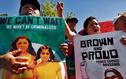 Zaostrzenie w kwietniu przepisów imigracyjnych w Arizonie wywołało protesty