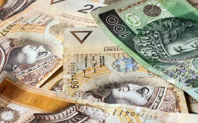 Polska i świat w spirali długów