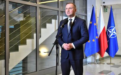 """Sondaż """"Rzeczpospolitej"""": Premier Morawiecki trochę traci, prezydent Duda nieco zyskuje"""