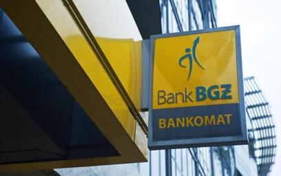Związki zawodowe mają swoje żądania i grożą strajkiem, jeśli bank ich nie spełni.