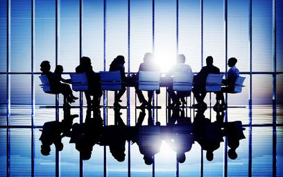 Uprawnienia akcjonariuszy spółek niepublicznych, których akcje nie zostały zdematerializowane