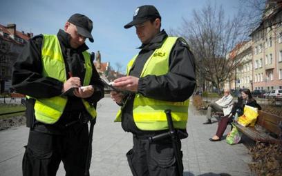 RPO ws. zmiany projektu nowelizacji ustawy o policji : dzielnicowy może mieć więcej praw od antyterorysty