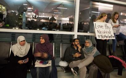 USA – obcokrajowcy zatrzymywani na lotniskach