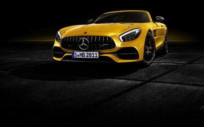 Mercedes AMG GT S Roadster: Złoty środek