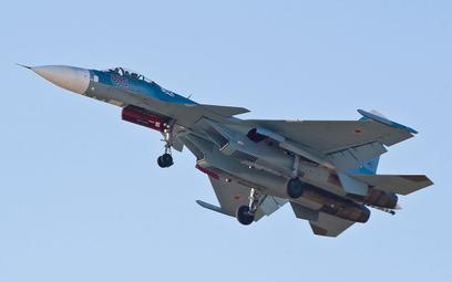 Syria: Rosyjskie samoloty atakują cele przy granicy z Turcją