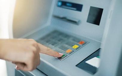 Gdy dostaniesz podartą stówkę z bankomatu