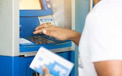 Czy w aptece może być bankomat