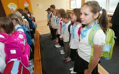 6-latki powinny rozpocząć naukę w szkole - uwaza MEN