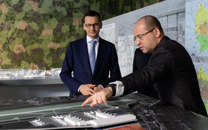 Radom podpisał umowę sprzedaży lotniska PPL. Morawiecki: To wielka szansa