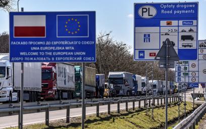Komisja Europejska chce zakończyć test systemu 1 czerwca, od 21 czerwca możliwe byłoby swobodne podr