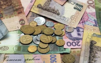 Od początku roku ukraiński pieniądz stracił do dolara połowę wartości.