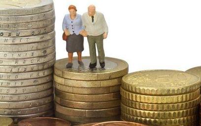 Jak wzrosły emerytury od 1 marca i z czego to wynika