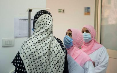 Abu Dabi wprowadza strefy dla zaszczepionych