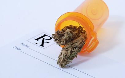 MZ o refundacji leków ma bazie marihuany sprowadzonych z zagranicy