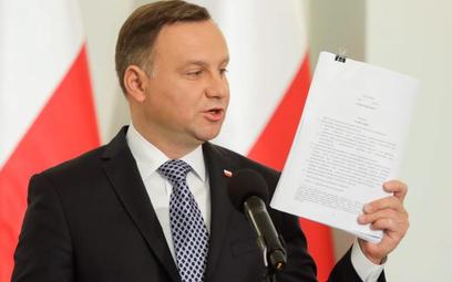 Szułdrzyński: Czystka lekiem na sądy
