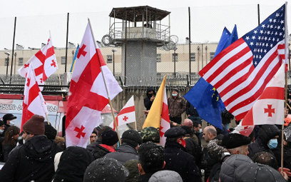 Zwolennicy lidera opozycji pod aresztem w Rustawi