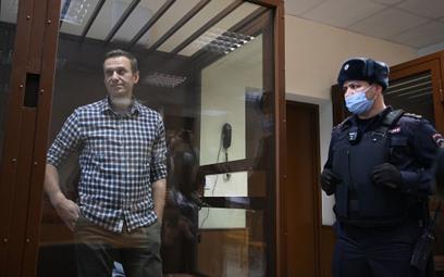 """Aleksiej Nawalny przerwał głodówkę. """"Życzcie mi powodzenia"""""""