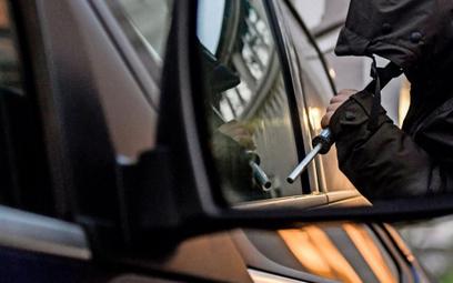 Jakie samochody kradną w Niemczech? Uważaj na Land Rovera, bądź spokojny o elektryka