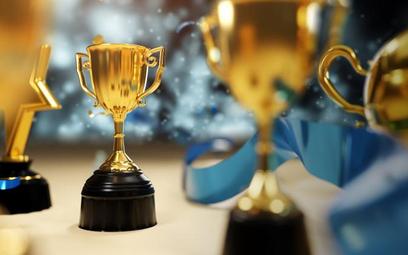 Kancelaria Dentons wzmacnia swoją pozycję w rankingu IFLR1000