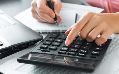 Prowizja uzyskana przez pośrednika nie podlega podatkowi u źródła - interpretaca podatkowa