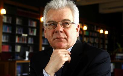 Ekspertyza nowego szefa MSZ ws. Tuska wciąż w ukryciu