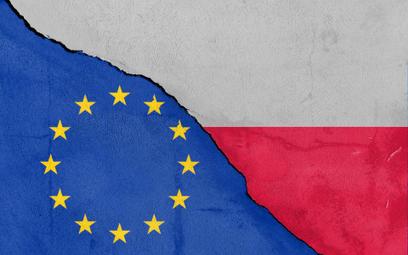 Komisja PE przyjęła rezolucję w sprawie Polski