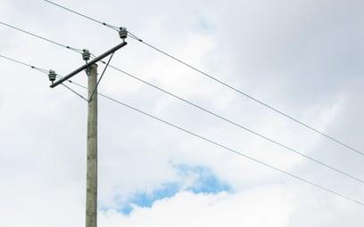 Sąd Najwyższy: jest umowa dzierżawy na posadowienie sieci, nie można żądać służebności