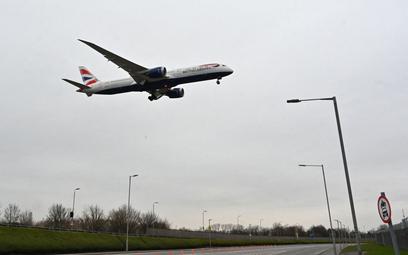Koronawirus. Wielka Brytania: Nowy reżim kwarantanny dla podróżnych z krajów ryzyka