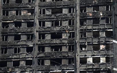 Pożar Grenfell Tower: Rząd był ostrzegany o złych przepisach przeciwpożarowych?