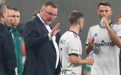 Czesław Michniewicz i jego piłkarze plan minimum wykonali, teraz zagrają o więcej