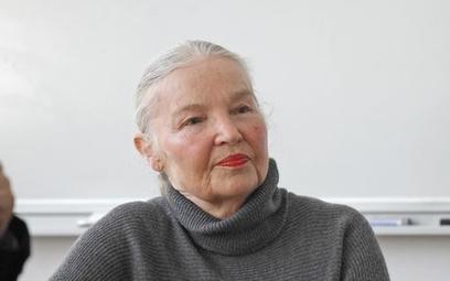 Jadwiga Staniszkis: PO cynicznie oszczędza na młodych